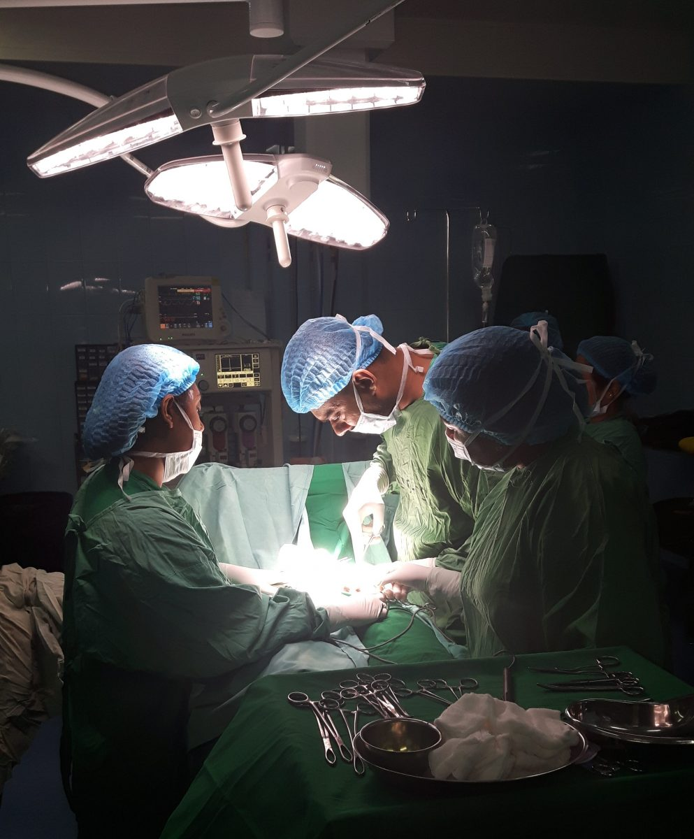 PJ in Sri Lanka (Galle) - Ablauf in der Chirurgie - Operation am Karapitya Hospital