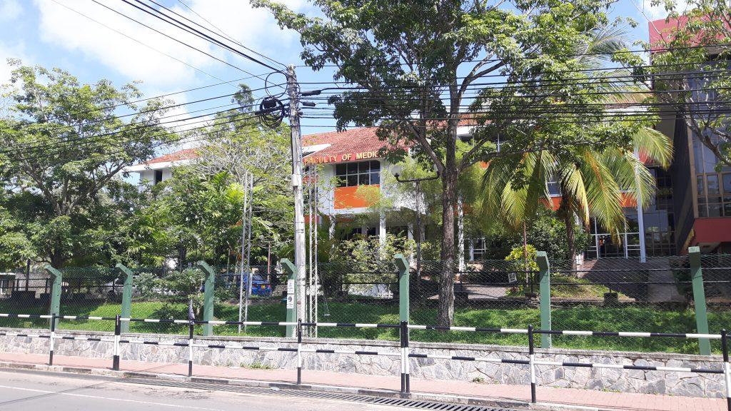 PJ in Sri Lanka (Galle) - Ablauf in der Chirurgie - medizinische Fakultät am Karapitya Hospital