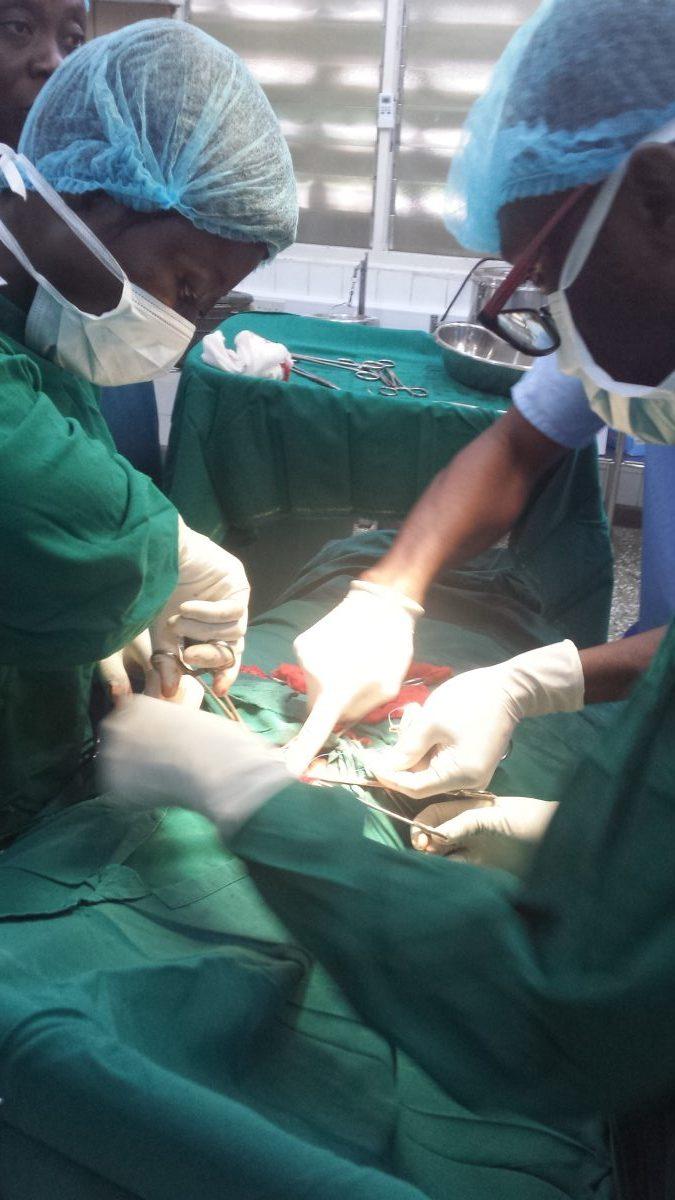 Famulatur in Ghana (Akim Oda) - Ablauf in der Chirurgie - OP