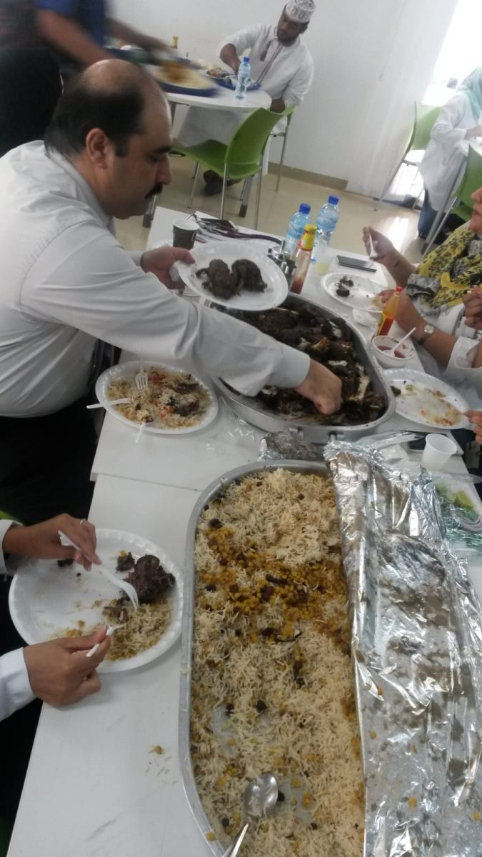 PJ im Oman (Maskat) - Ablauf - Mittagessen mit Kollegen