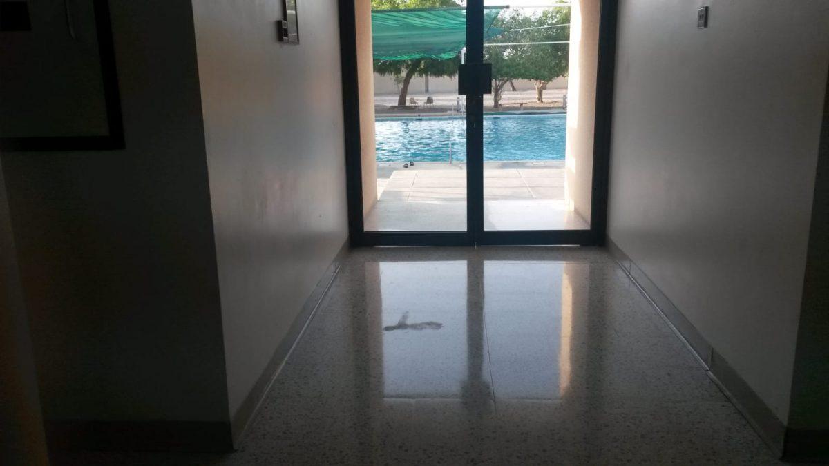 PJ im Oman (Maskat) - Ablauf - Pool